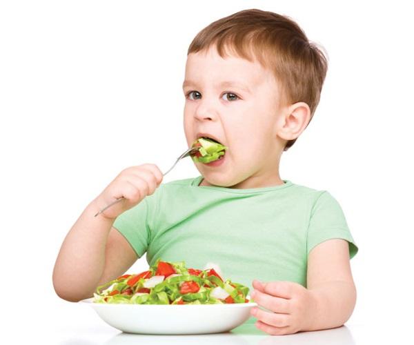 5 loại rau giàu canxi hơn sữa giúp bé cao vượt trội